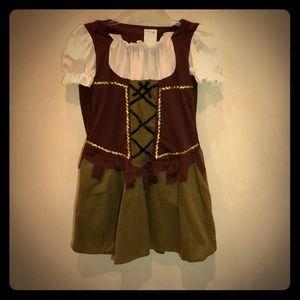 Other - Girls Robin Hood Halloween Costume w/ Accessories